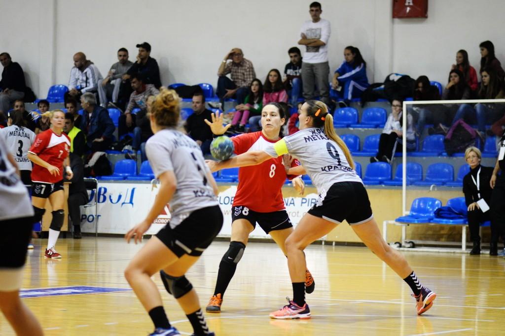 Photo of Simona Tančić najbolja igračica rukometnog turnira u Bugarskoj