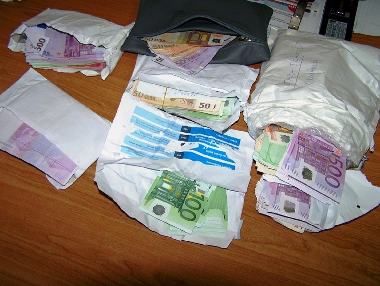 Photo of 165.000 evra krili ispod volana