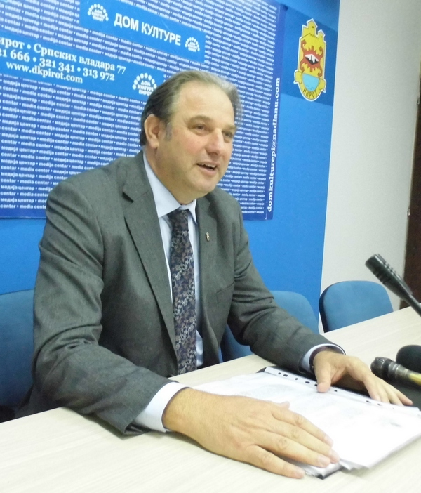 Photo of Advokat Srđan Aleksić:Borcima po 200.000 dinara!