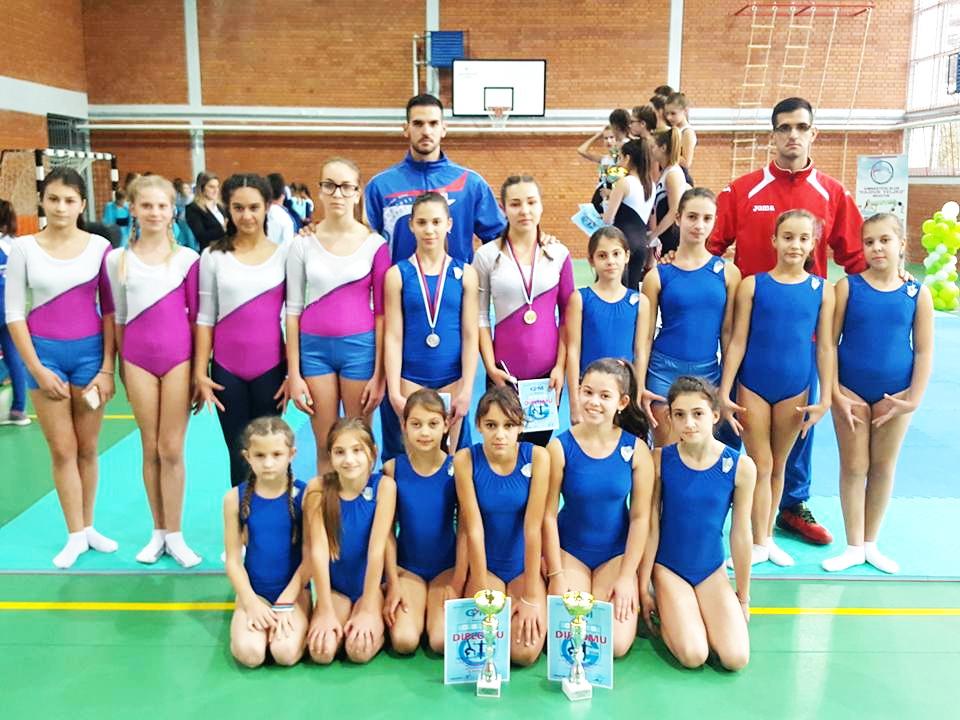 Photo of Gimnastičari uspešno startovali u novoj sezoni – tri srebra i zlato