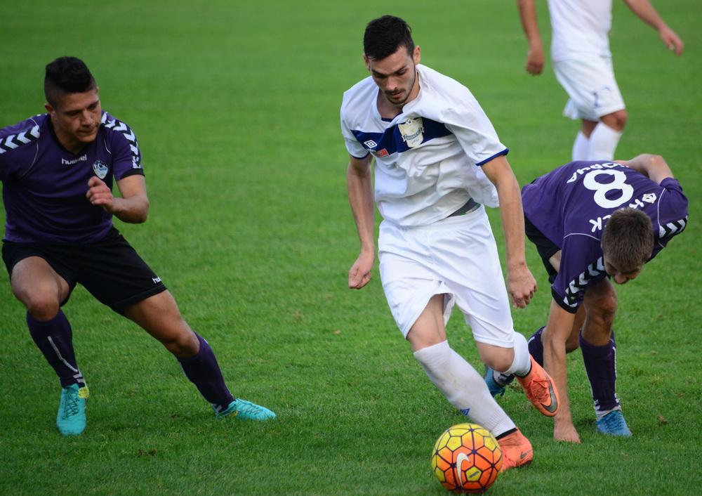 Photo of Golom Pobulića Beli slavili u kvalitetnom meču protiv imenjaka iz Kragujevca. Superligaški fudbal u Pirotu