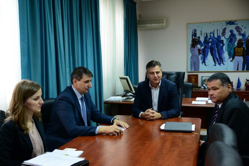 Photo of Ožegović: Gradska uprava u Pirotu dobar servis građana