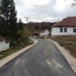 Asfaltiran put u selu Srećkovac