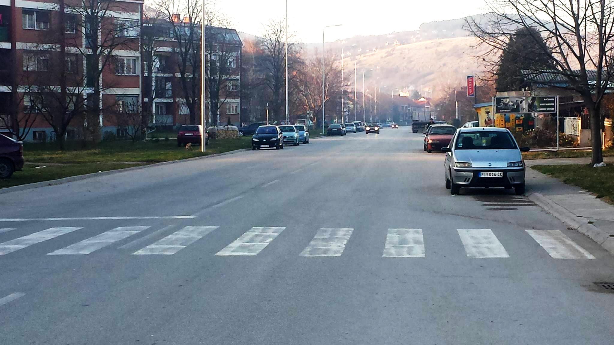 Photo of Meštani Kozaračke ulice zabrinuti za bezbednost mališana