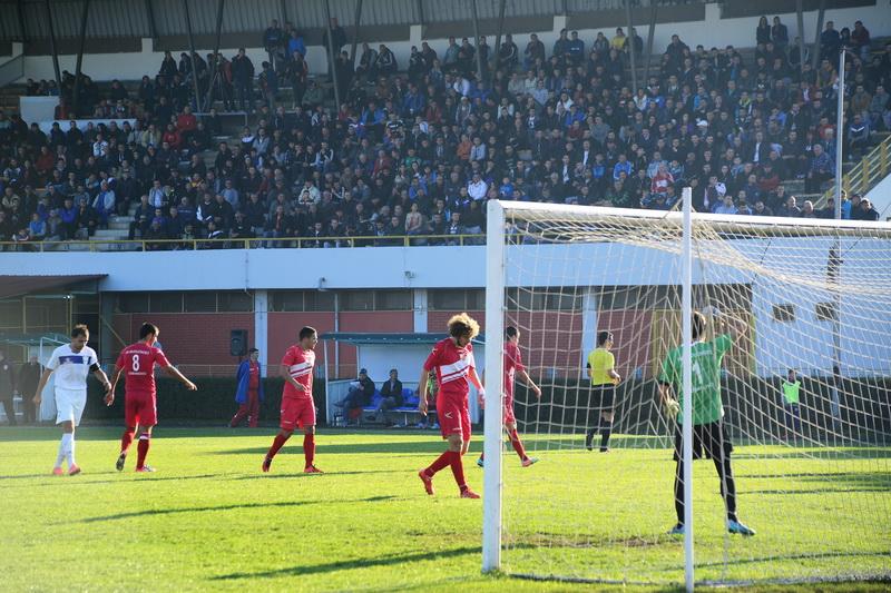 Photo of Pirot pokazao da je grad fudbala u, nažalost, nefudbalskoj Srbiji
