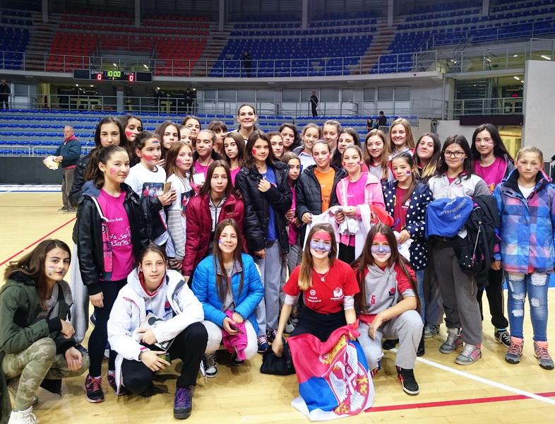Photo of Pirotske košarkašice pružile podršku reprezentaciji Srbije