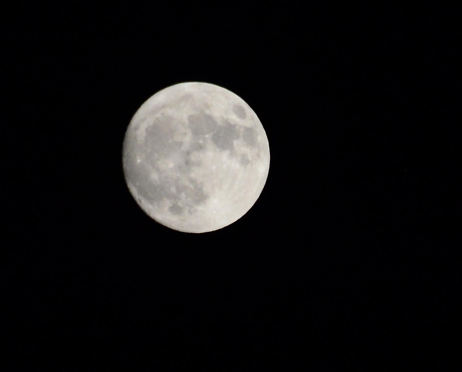 Photo of Večeras na nebu – Supermesec, najsvetliji u poslednjih 70 godina