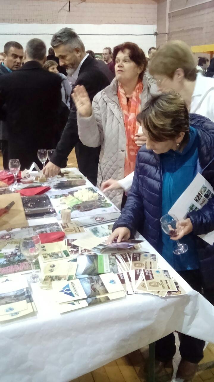 Photo of Pirotska peglana kobasica i kačkavalj hit na Ravangrad festivalu u Somboru