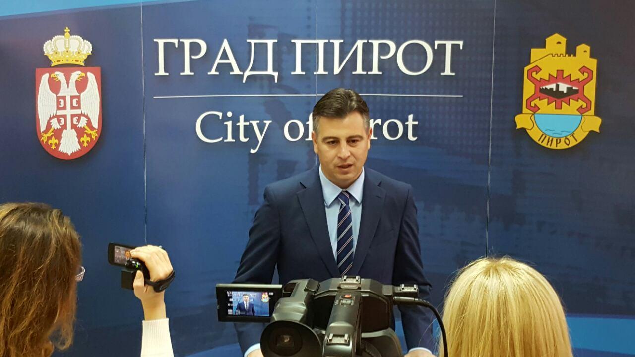 Photo of Vasić: Možemo da budemo zadovoljni situacijom u javnim preduzećima