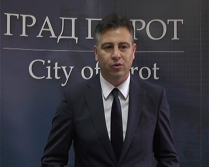 Photo of Vasić: Sve ustanove kulture i javna preduzeća odmah mogu da krenu sa realizacijom planova