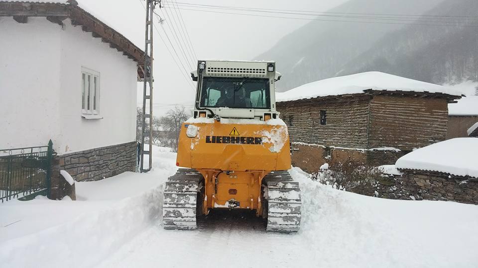 Photo of Juče i danas očišćeni putevi i do najudaljenijih planinskih sela