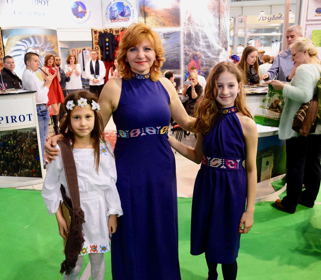 Photo of Etno-glamur – modna revija Silvane Tošić na Sajmu turizma u Beogradu