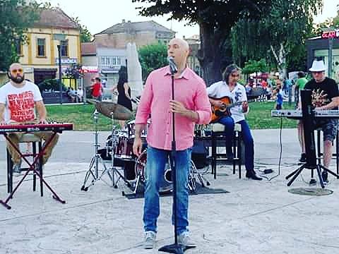 """Photo of Pirotski muzičari Vladimir Stojanović i Nikola Kitanović prave novu """"himnu"""" Pirota"""