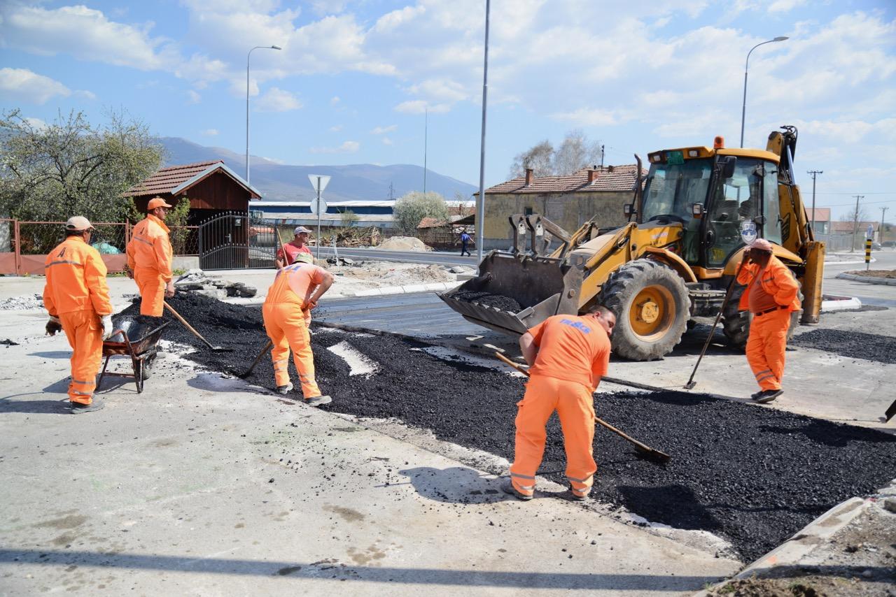 Photo of Vasić: Građevinska sezona počinje i zvanično, rade se kružni tokovi, vitalne saobraćajnice