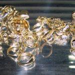 Na Gradini zaplenjen zlatan nakit sa dijamantima