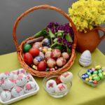 Stanarima i mališanima vaskršnja jaja na dar