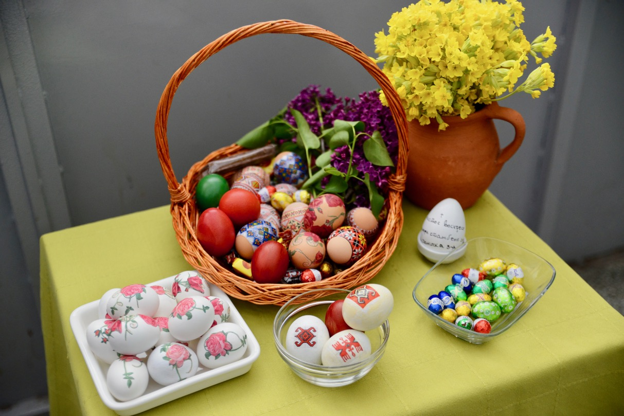 Photo of Stanarima i mališanima vaskršnja jaja na dar