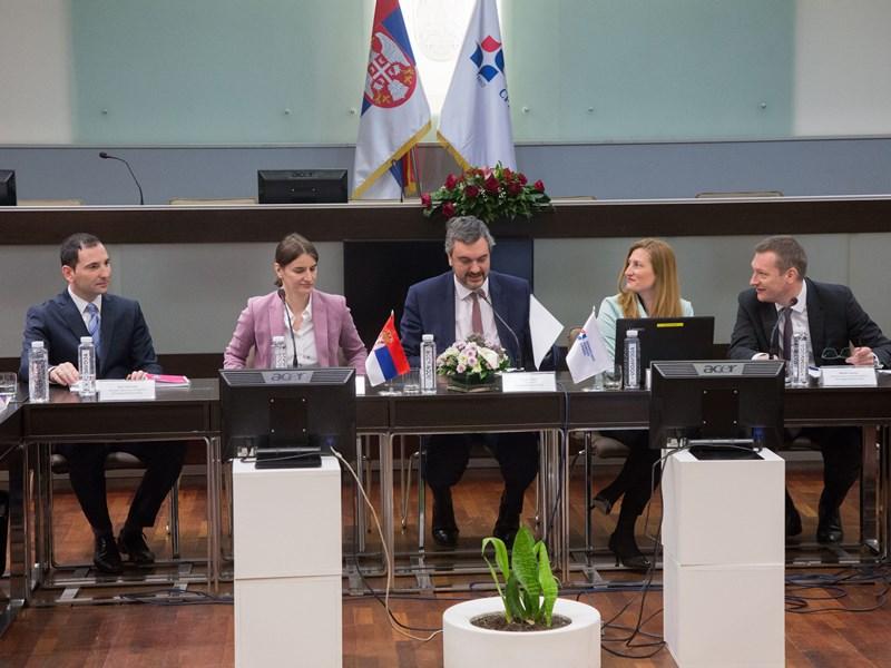 Photo of Sastanak Saveta mešovitih sprsko-bugarskih privrednih komora i ministarke Brnabić