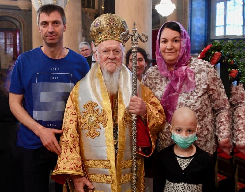 Photo of Majka male Mile Jelena: Beskrajno smo zahvalni patrijarhu Vartolomeju