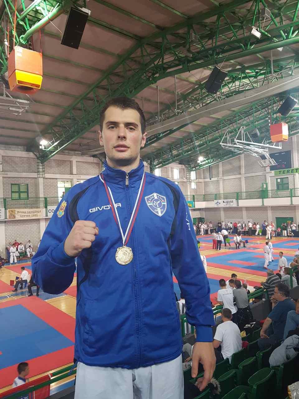 Photo of Uroš Mijalković drugi put zaredom osvojio Kup Srbije, bronza za Lazara Golubovića