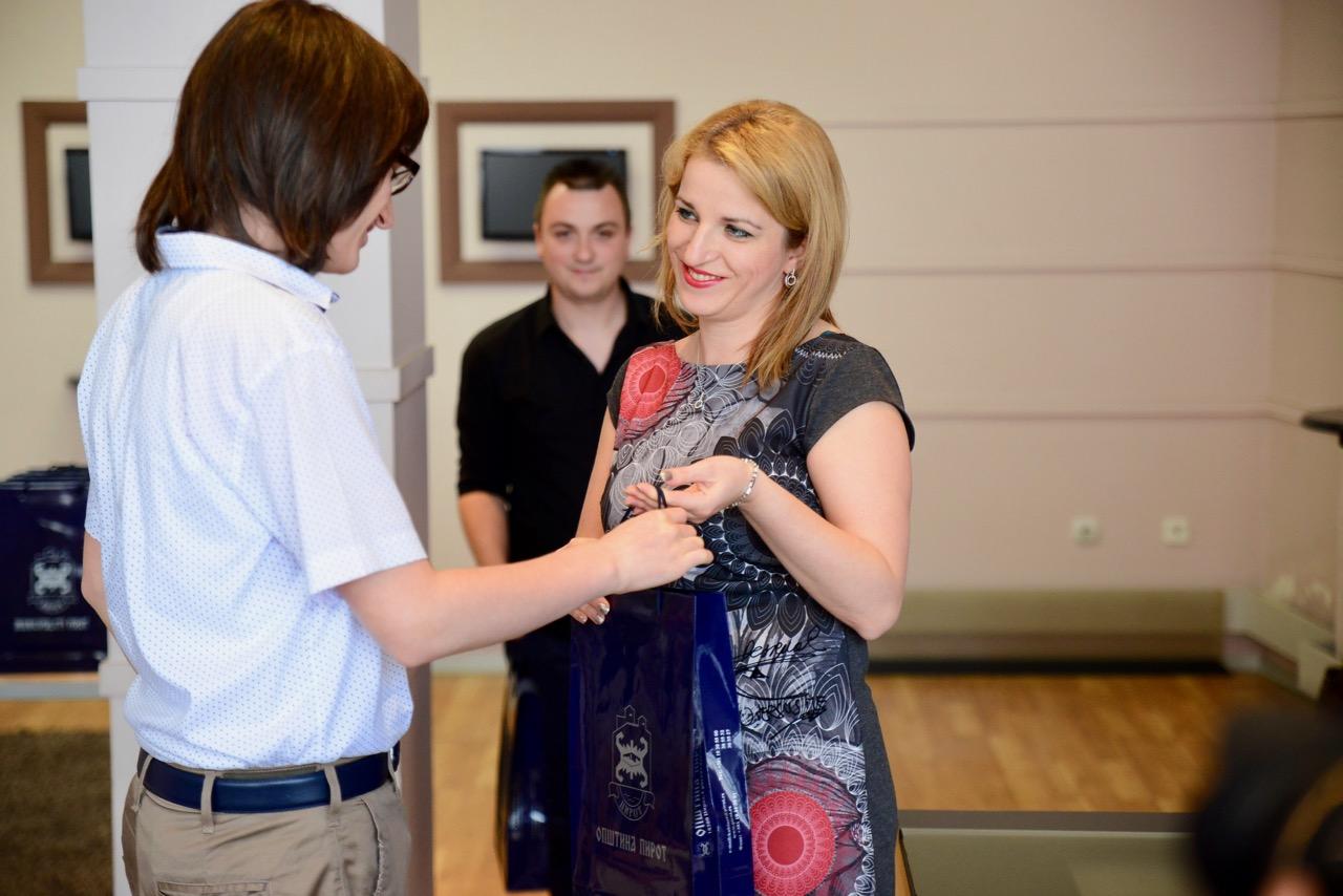 """Photo of Milica Golubović: Tokom leta radovi u Tehničkoj školi, školi Mladost, OŠ """"8. septembar""""…"""