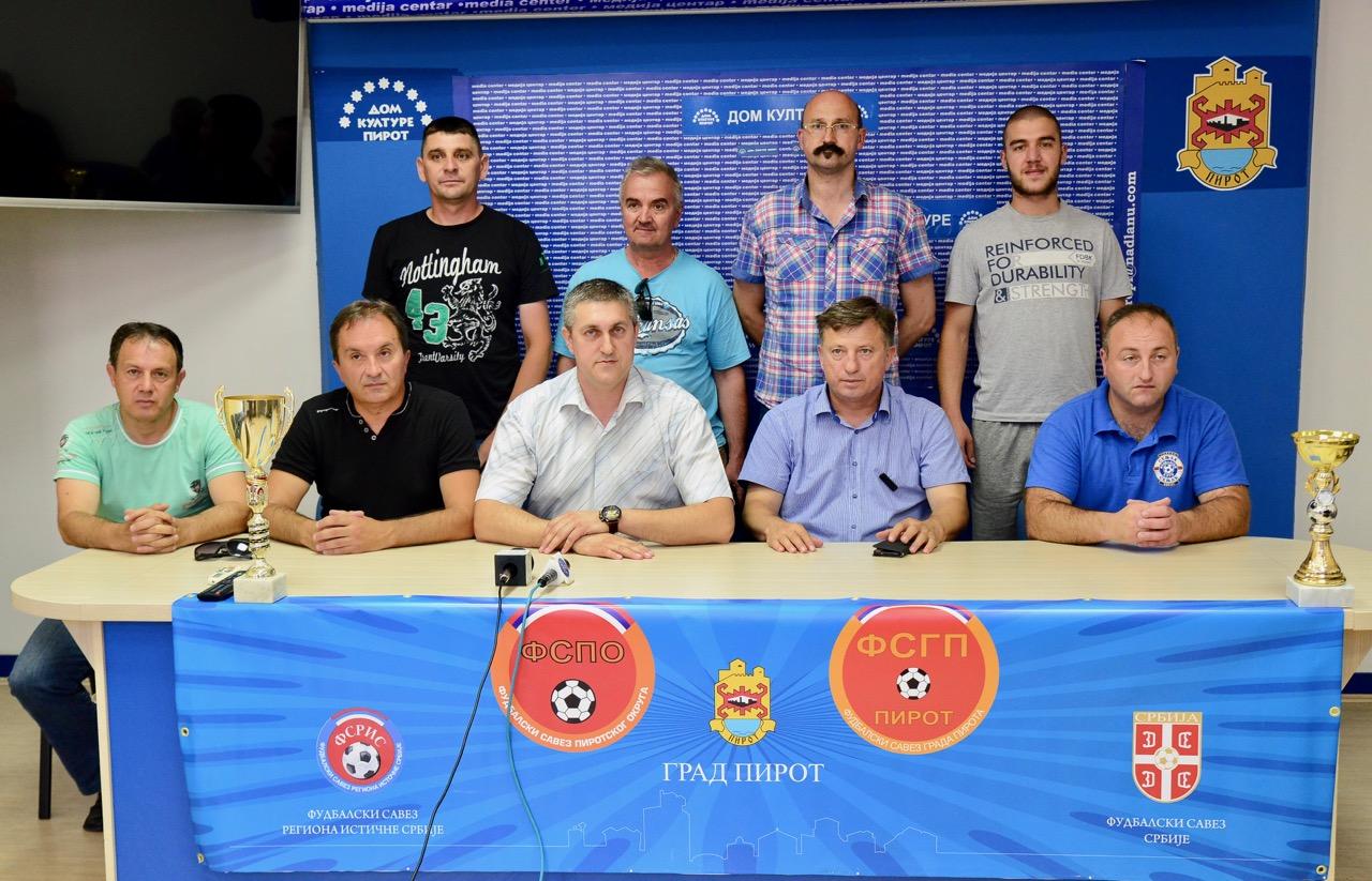 Photo of Okružna i Gradska liga jače i organizovanije nego ikada, u nedelju revijalna utakmica