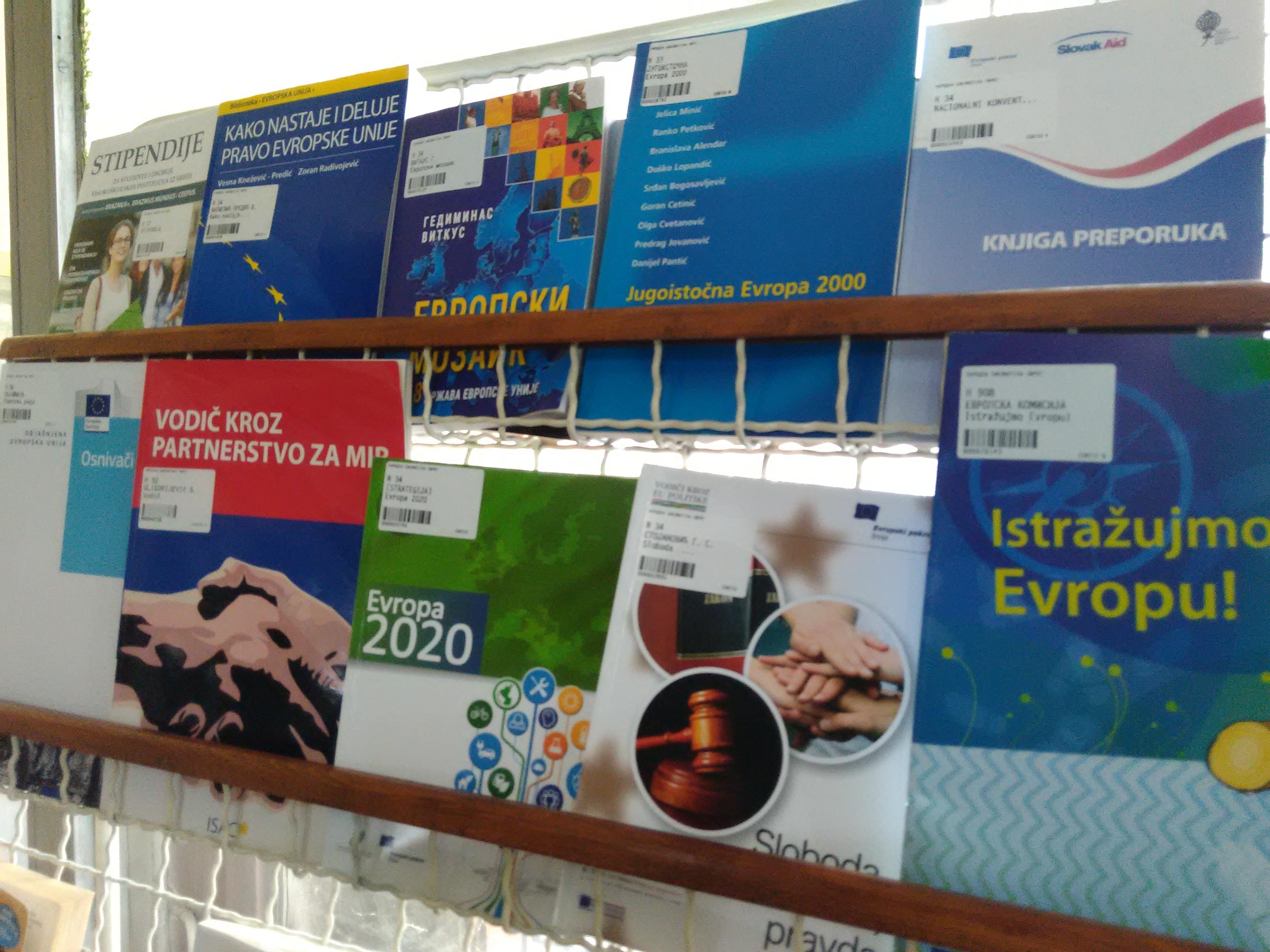 """Photo of Tribina """"Mitovi i istine o EU"""" u Narodnoj biblioteci Pirot"""