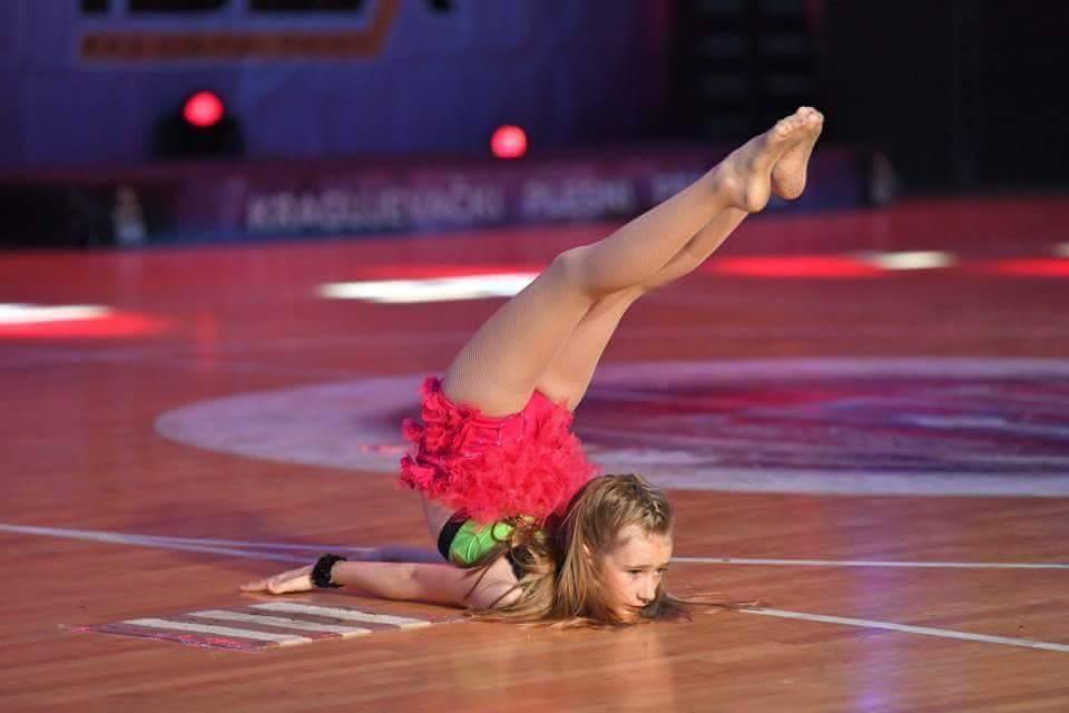 Photo of Pehari za pirotske balerine u Bugarskoj i Kragujevcu