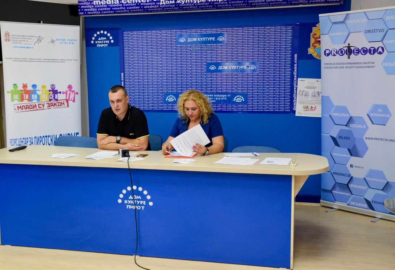 """Photo of Konkurs za finansiranje omladinskih volonterskih projekata """"Mladi su zakon"""""""