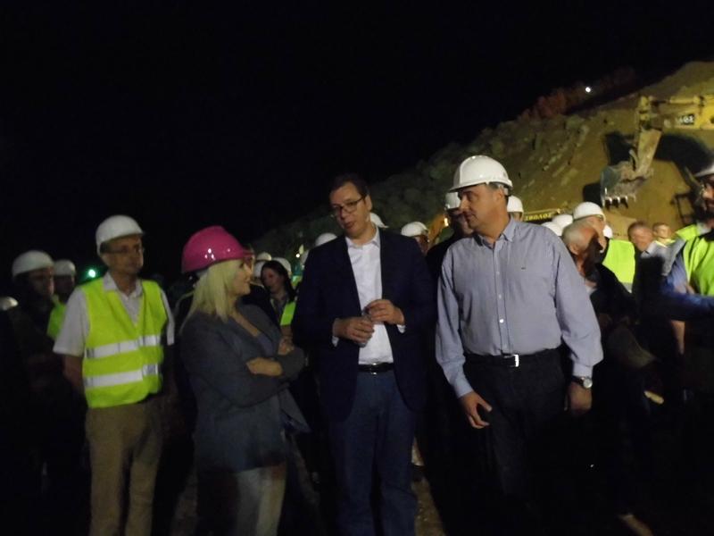 Photo of Vučić na Koridoru 10: Do kraja godine gotov Koridor