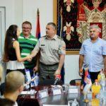 Priređen svečani ispraćaj kadeta iz Pirotskog okruga u srednje vojne škole i fakultete