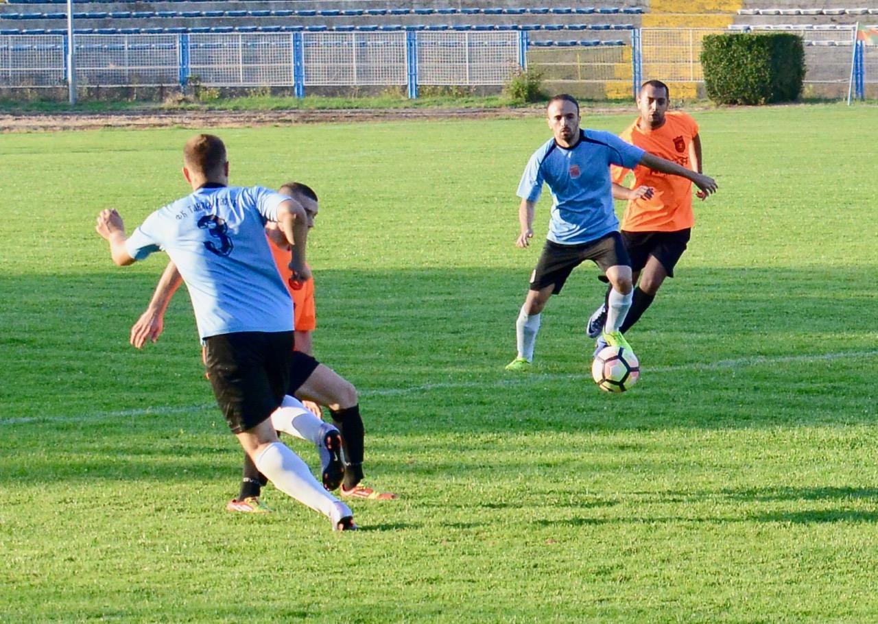 Photo of Gnjilan ubedljiv protiv Borca 12:1, slavili i FK Vladimir Durković, Spartak, Senjak…
