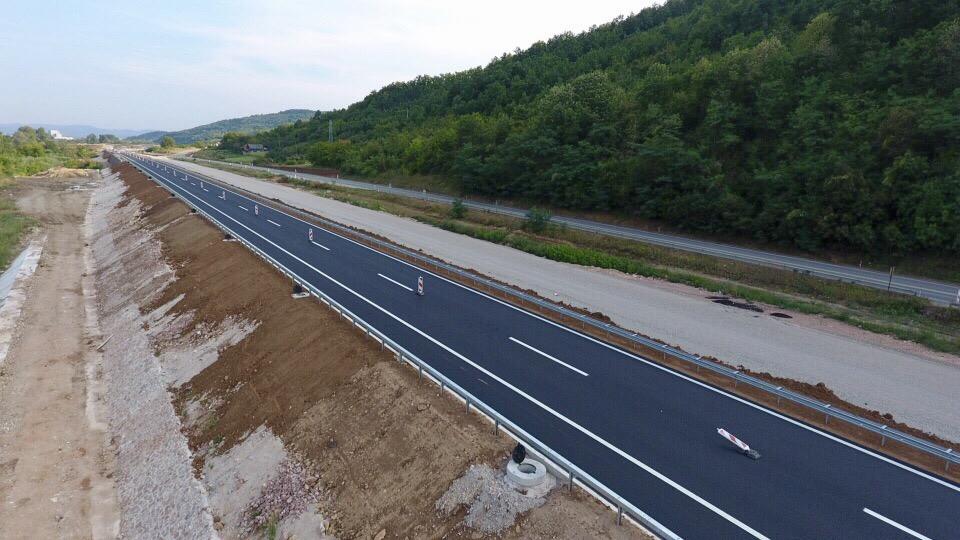 Photo of Otvoren poluprofil autoputa od Sopotske petlje do Sarlaha