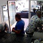 Kako je opljačkana zlatara u centru grada - VIDEO