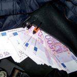 Zaplenjene devize na Gradini - krili 70.000 evra u automobilu