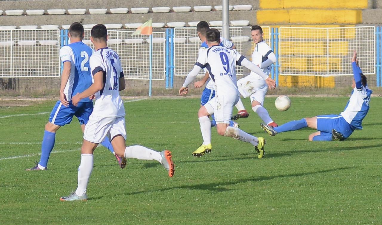 Photo of Trener Lazarević: Igrači Radničkog pokazali da imaju kvalitet protiv favorita