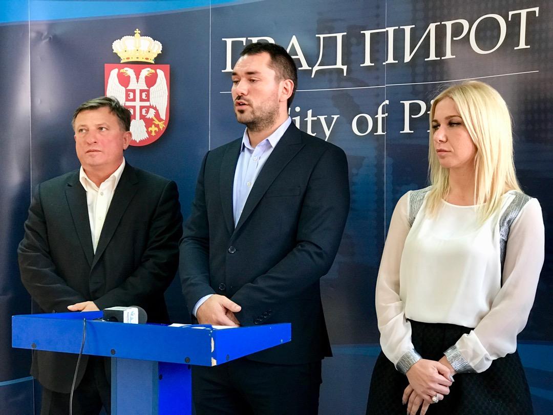 Photo of Predstavnici ministarstva i Grada o demografskoj politici