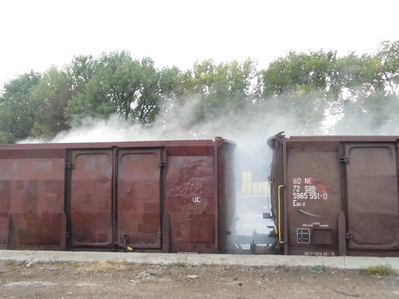 Železnička stanica: Gori ugalj u vagonu!