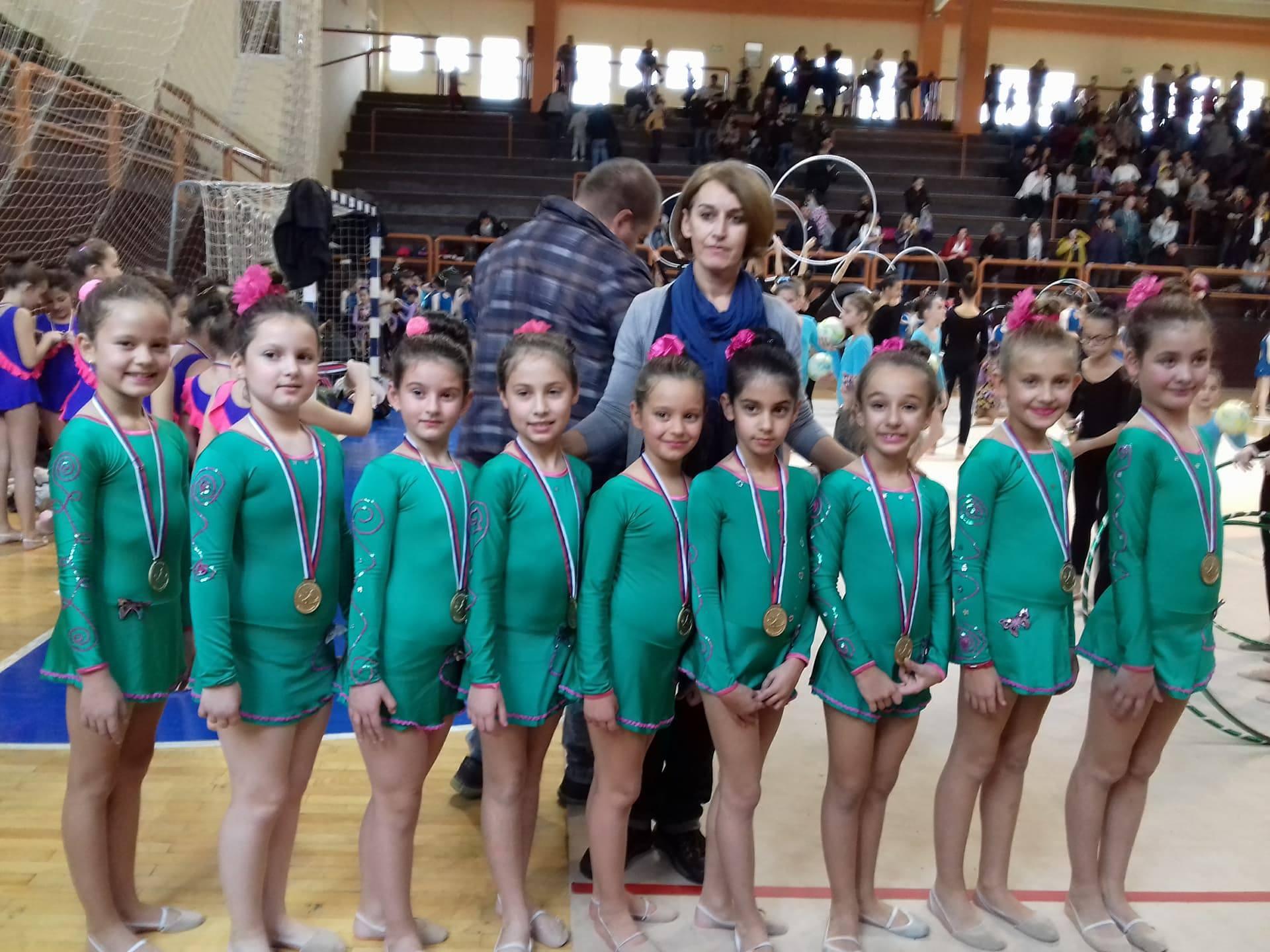 """Photo of Zlato za pirotske """"Sirene"""" na Prvenstvu Srbije u ritmičkoj gimnastici"""