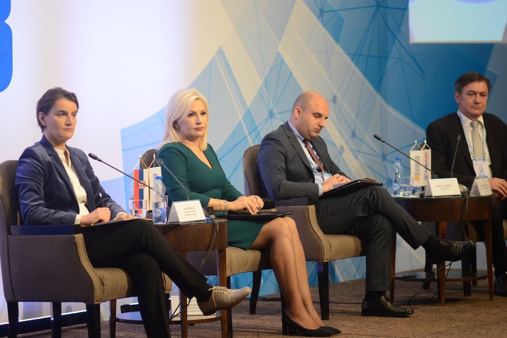 Photo of E-uprava ključ uspeha Srbije na Doing business listi