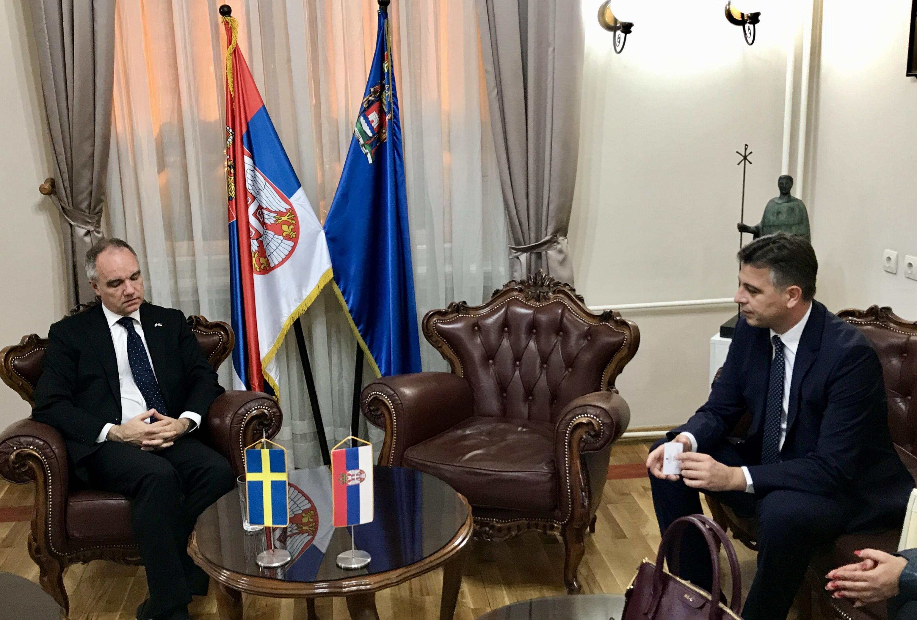 Photo of Vasić sa ambasadorom Švedske u Nišu