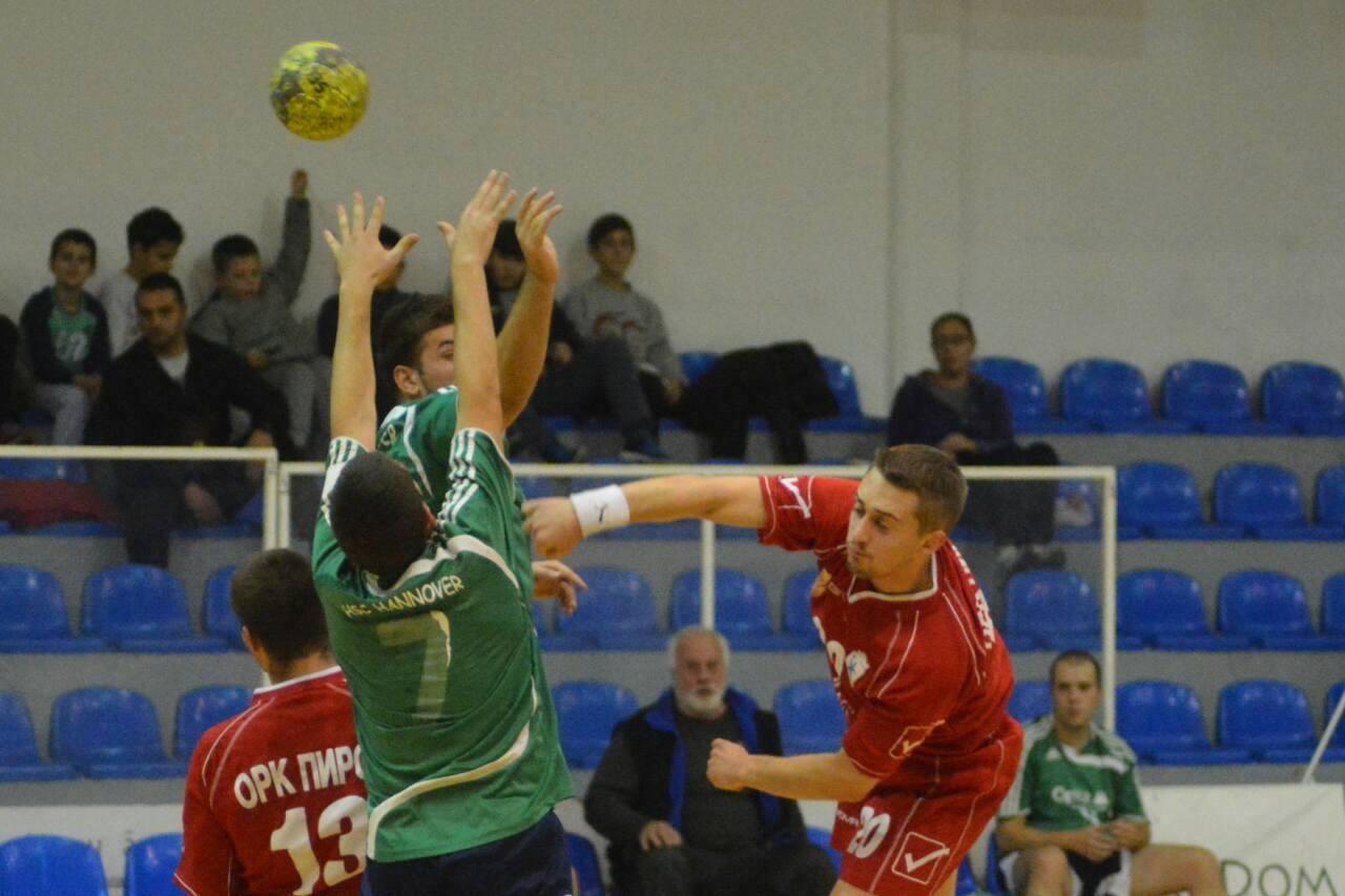 Photo of Rukometaši počeli pripreme, sutra prva trening utakmica sa superligašem Železničarom
