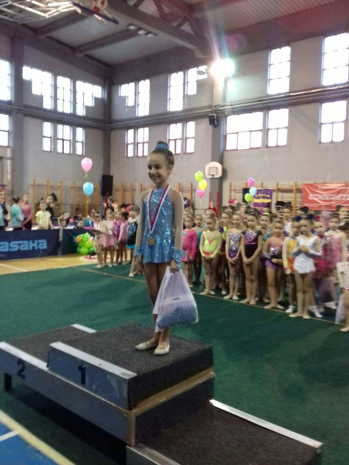 """Photo of Pirotske """"sirene"""" uspešne na Međunarodnom Gimnastix kupu u Nišu"""