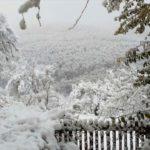 Stigla zima, snez zatrpao planinska sela u Babušnici (FOTO)