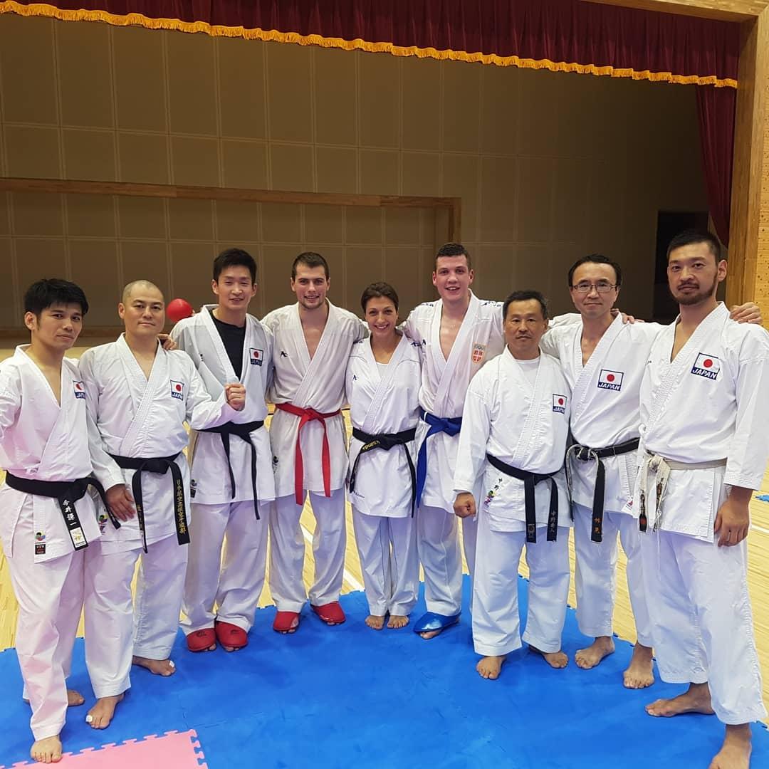 Photo of Uroš trenirao sa najboljim japanskim i svetskim karatistima pred početak velikog turnira