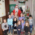 Porodični dan na Regionalnoj deponiji - Deda Mraz podelio paketiće mališanima