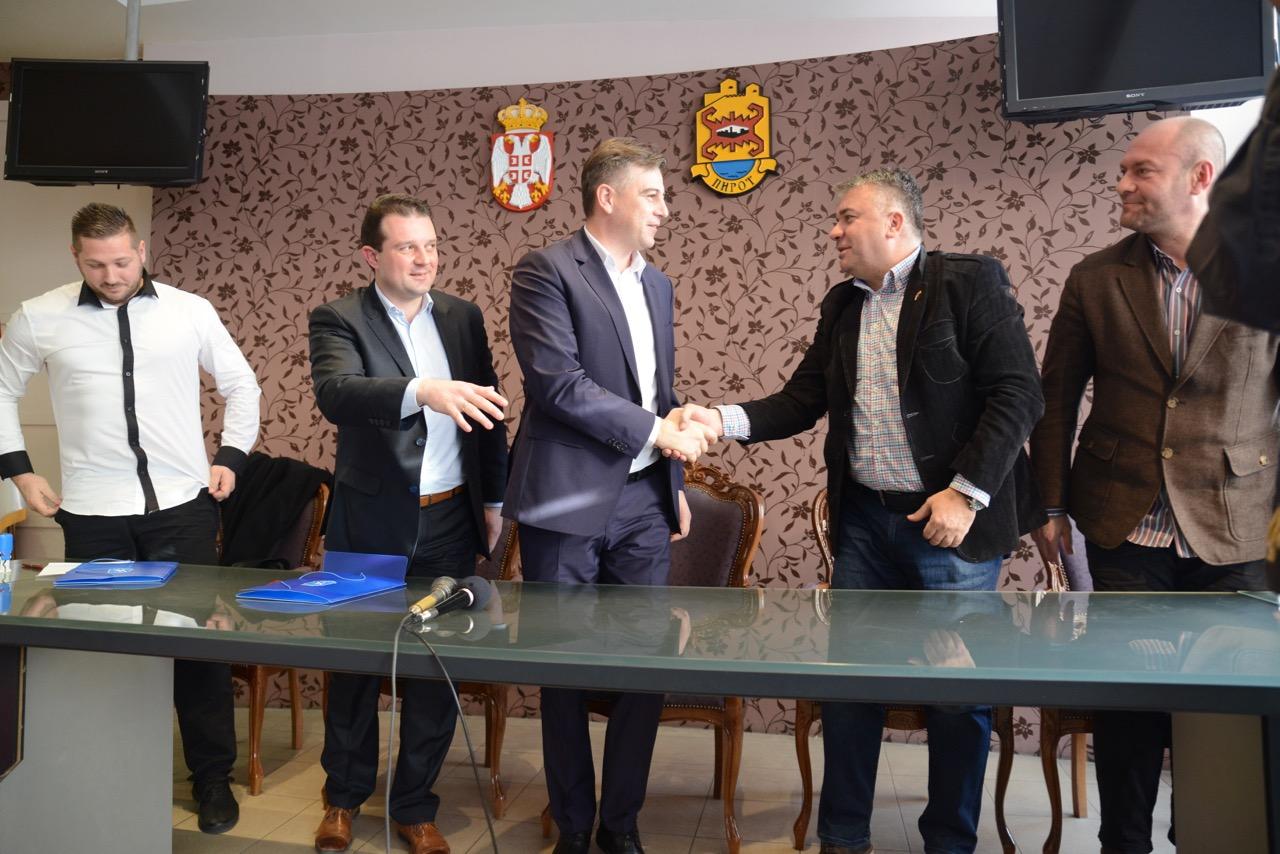 """Photo of ORK Pirot kroz saradnju sa niškim """"Železničarem"""" do """"renesanse"""" rukometa u našem gradu"""