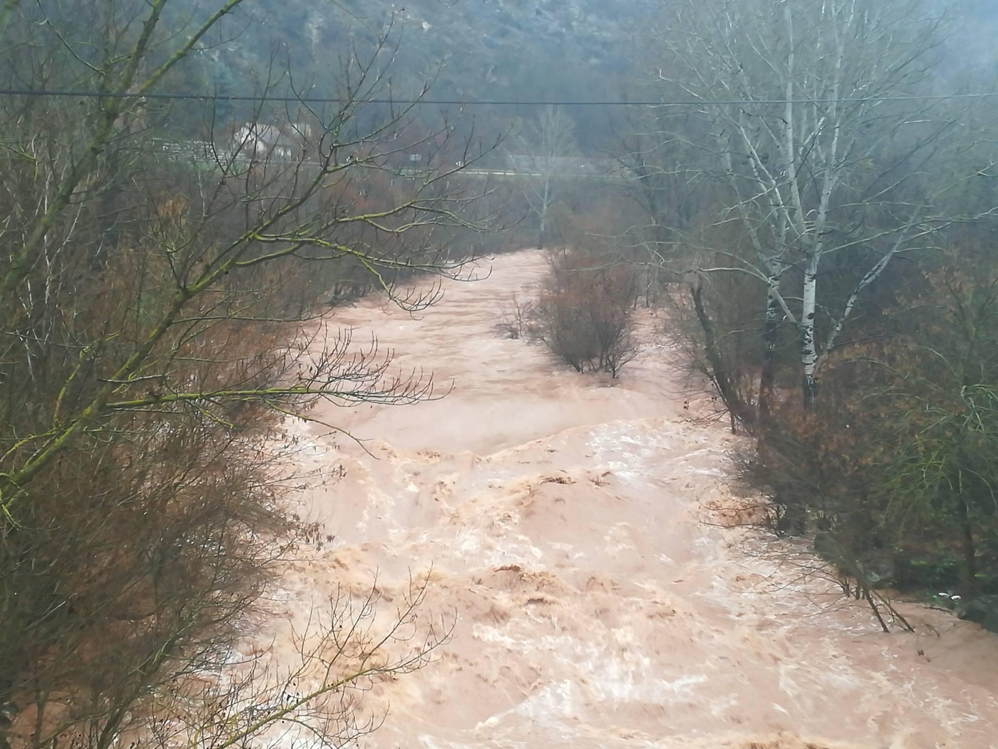 Photo of Nišava se izlila nizvodno od Crvene Reke, za sada bez većih šteta