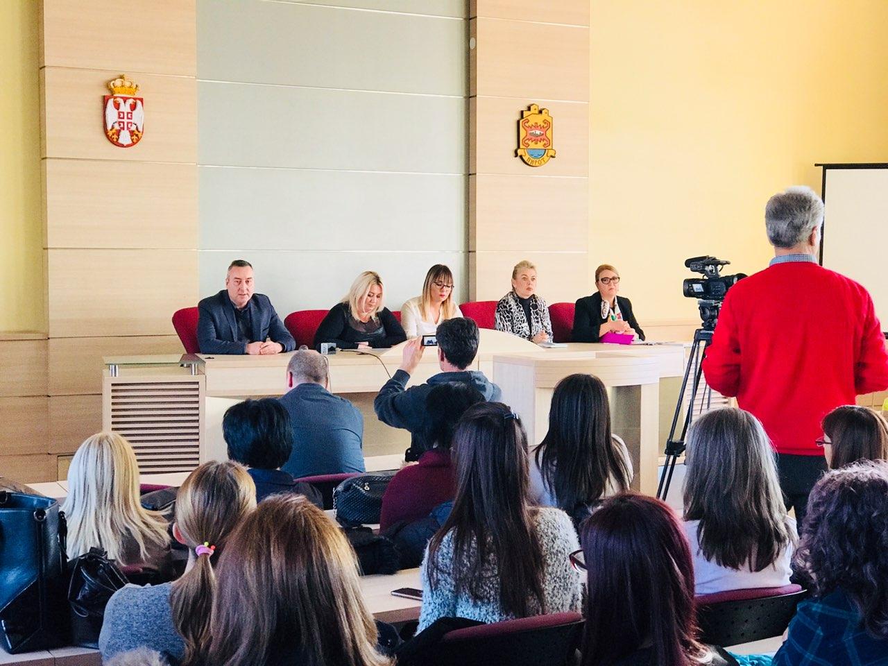 Photo of Održana konferencija o borbi protiv nasilja nad ženama