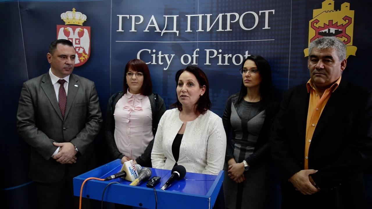 Photo of SNS: Javna preduzeća u Pirotu – za primer